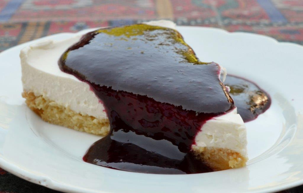 cheesecake le petit nouveau et coulis aux fruits des bois sweetness photography. Black Bedroom Furniture Sets. Home Design Ideas